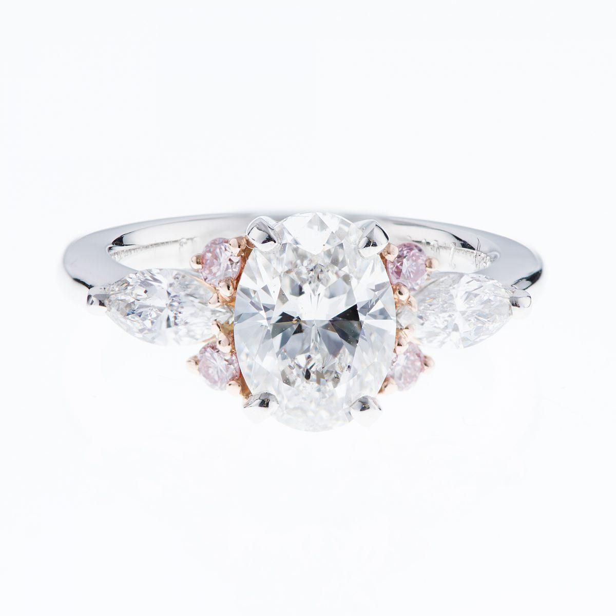 2ct オーバルダイヤモンドリング E カラー VS1