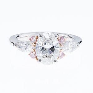 2ct オーバルダイヤモンドプラチナリング(2.01ct E VS2 0.52/0.165 GIA)