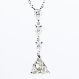 2.48ct VLYカラー SI2 ダイヤモンドペンダント プラチナ900/850製